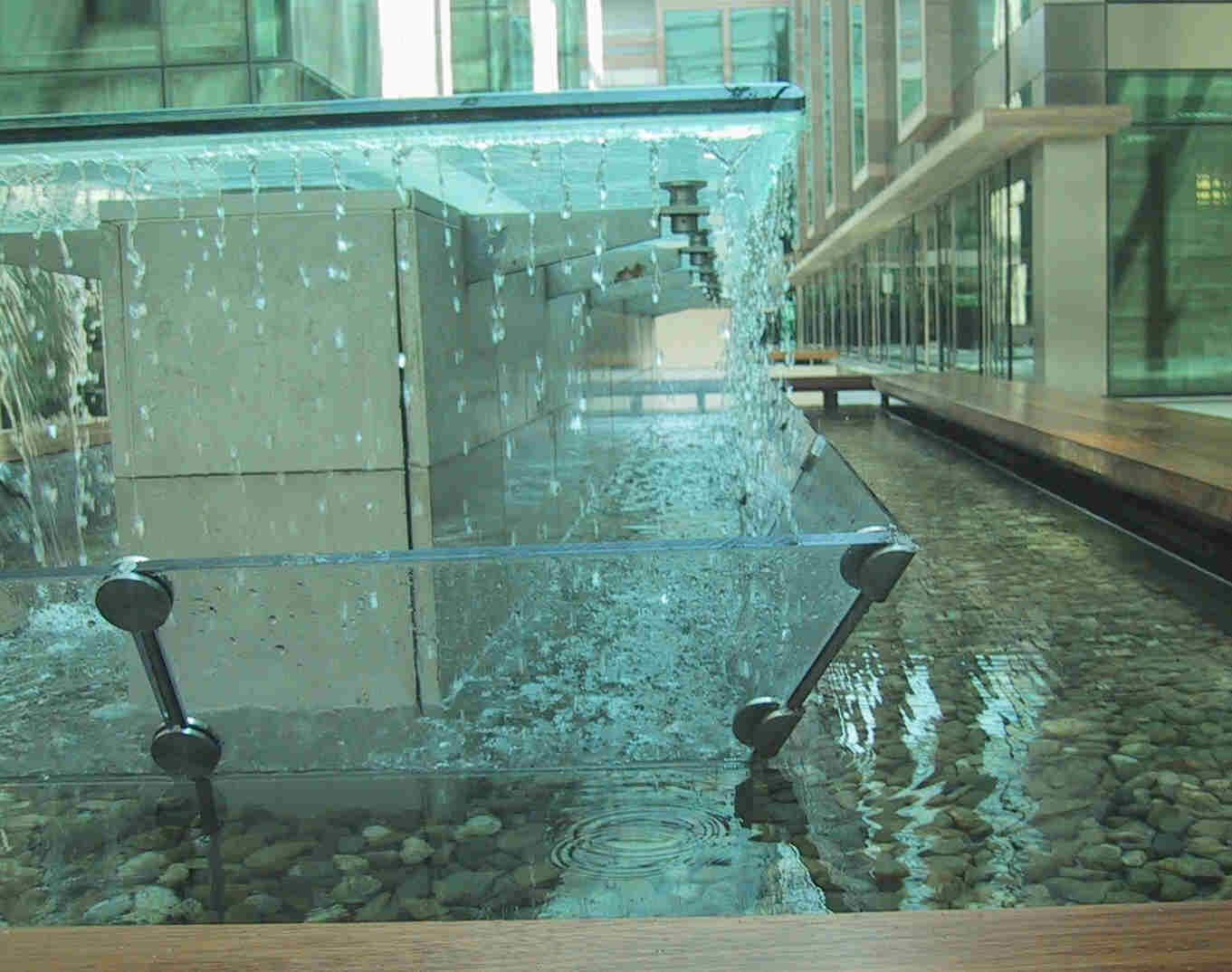 Beacon Court - Water Feature