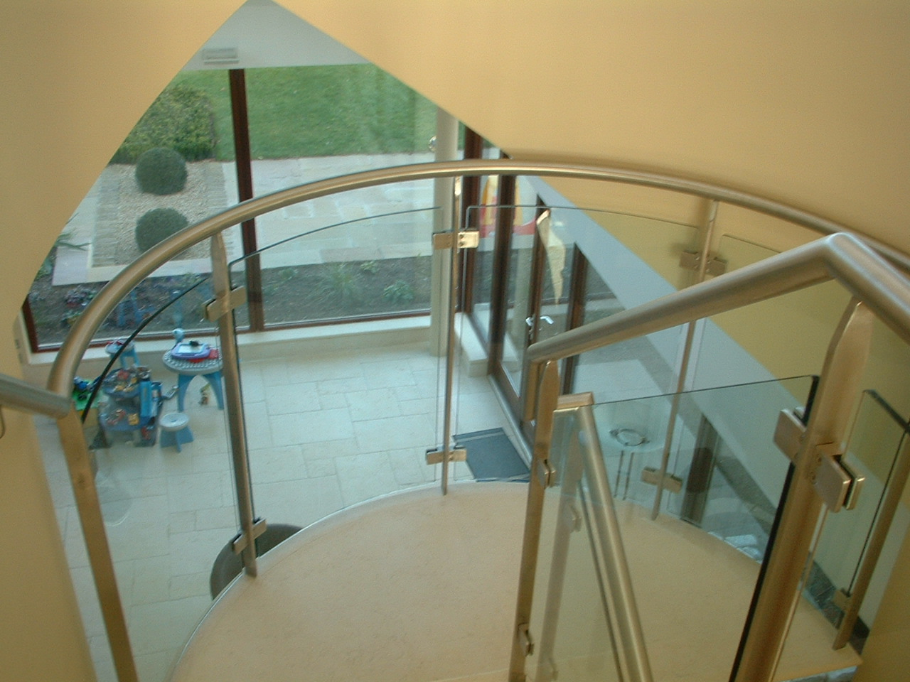 Stainless & Glass Feature Staircase - Sutton